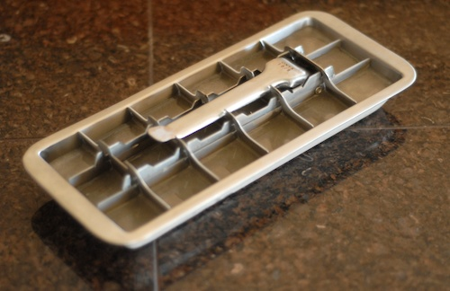 Onyx BPA free stainless steel ice cube tray