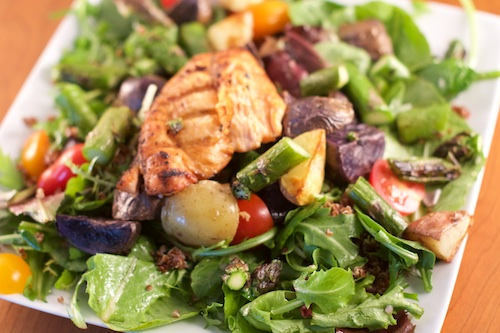 Salmon Salad with Roasted Potatoes, Tomato and Asparagus