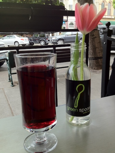 blueberry juice at the green spoon