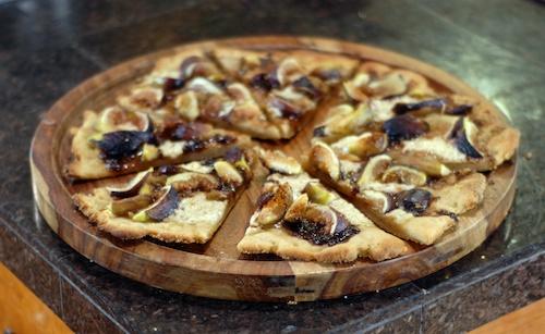 cooked fig mascarpone dessert pizza