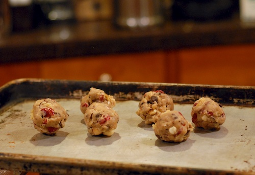 dried cranberry macadamia chocolate chip cookies