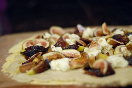 Fig Mascarpone Dessert Pizza