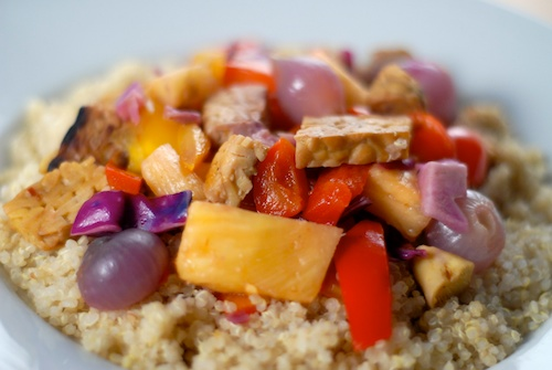 pineapple tempeh red pearl onion stir-fry (1)